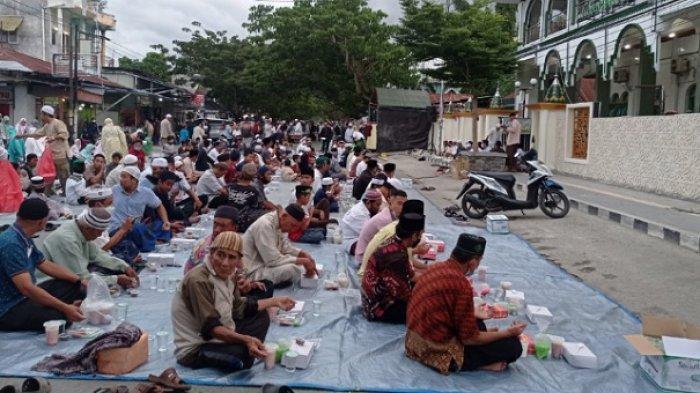 Himpunan Pemuda Alkhairaat Buka Puasa Bersama Terakhir Ramadan 2021