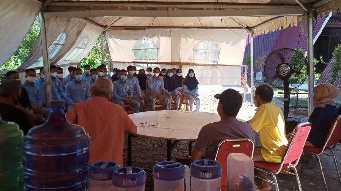 Ditemui Bupati Parimo, Taruna Poltek Kelautan dan Perikanan Curhat Soal Kampusnya