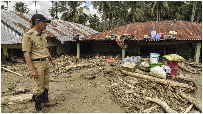Pasca Banjir yang Bawa Gelondongan Kayu, Bupati Sigi Minta Warga Hentikan Aktivitas Penebangan Liar