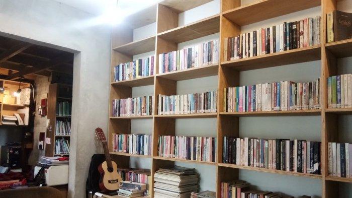 Ruang DuaLapan Cafe, Tempat Nongki Santai Sambil Kerja Tugas di Kota Palu - cafe-dualapan.jpg