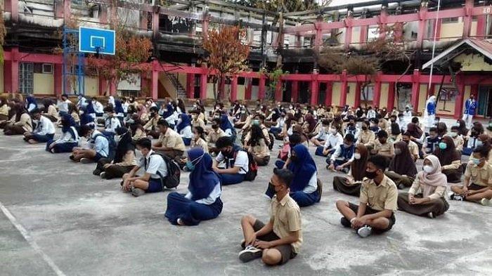 Gedungnya Terbakar, SMKN 1 Luwuk Pinjam Ruangan Sekolah Lain untuk Belajar Tatap Muka