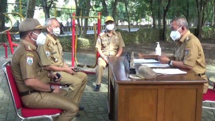 Takut Ketularan Covid-19, Bupati Polewali Mandar Pindahkan Kantor ke Outdoor