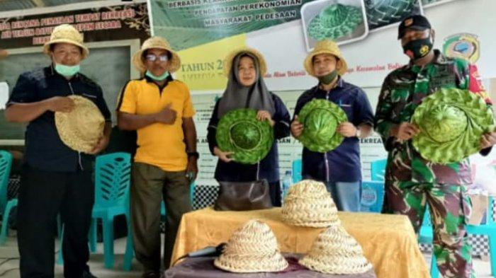 Berbasis Kearifan Lokal, Disporapar Parimo Gelar Pelatihan Pembuatan Cendramata