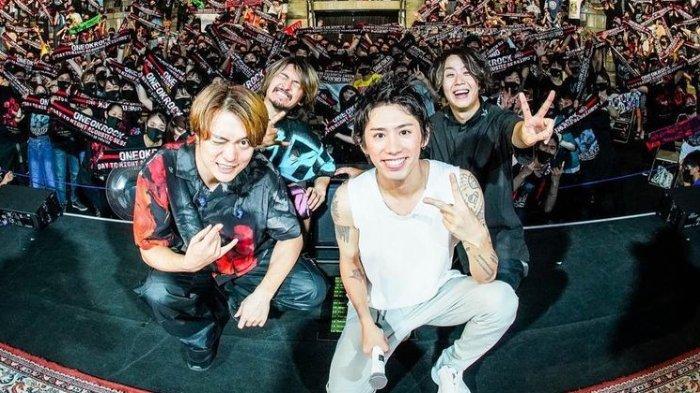 Konser ONE OK ROCK Hari Kedua Berlangsung Meriah, Tiket Online Masih Bisa Dibeli, Intip Keseruannya!