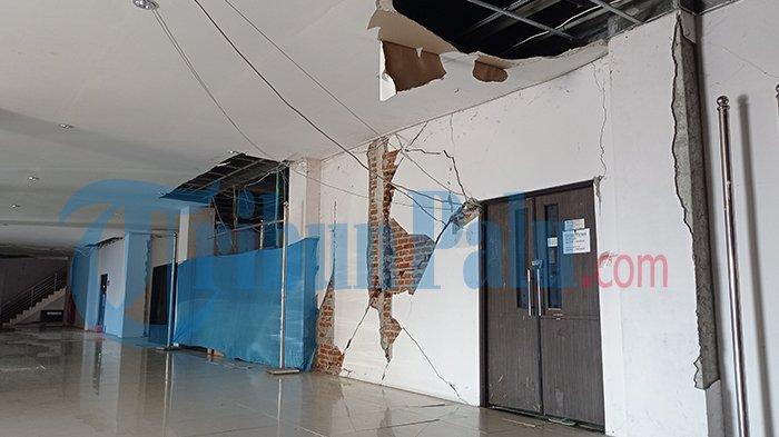kondisi gedung rektorat pasca gempa 28 September 2018 silam hingga saat ini