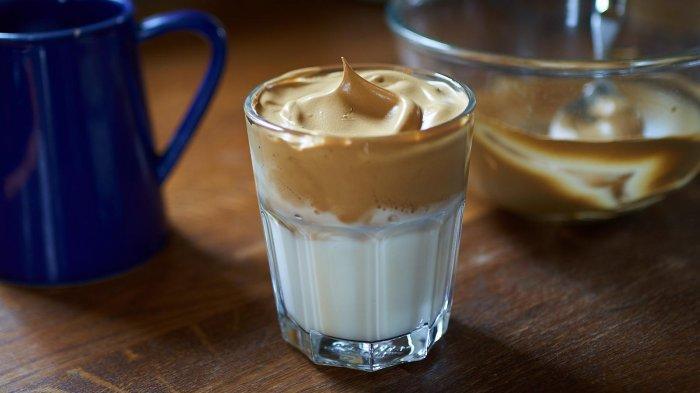 Resep Mudah Bikin Dalgona Coffee, Kopi yang Namanya Melesat Gara-gara Virus Corona