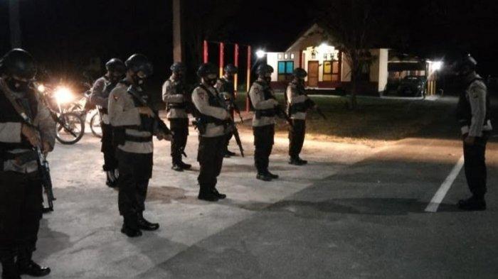 Gempa 6,5 Tojo Una-una, Personel Kompi III Batalyon B Pelopor Patroli Tenangkan Warga