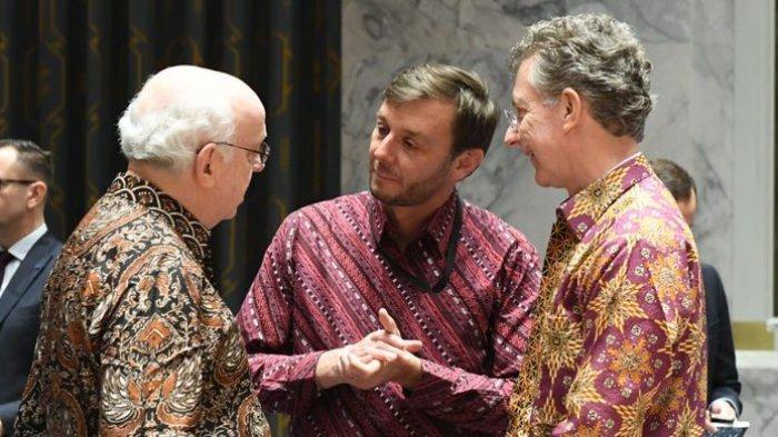 Baju Batik Warnai Sidang Dewan Keamanan PBB