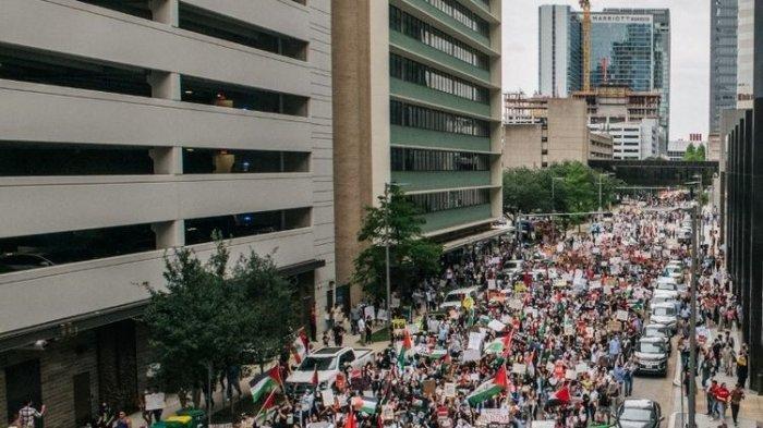 Ribuan Warga AS Pro-Palestina Unjuk Rasa Aksi Solidaritas, Tuntut Akhiri Serangan Udara Israel