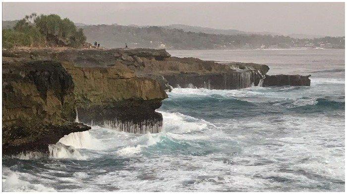 Turis Asing Bisa Kunjungi Sejumlah Pantai di Bali, Warga Lokal Belum Diizinkan Masuk, Ini Alasannya