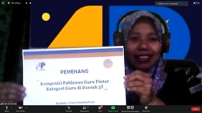 Pendidik SMKN 2 Donggala Raih Juara Pahlawan Guru Pintar Kategori 3T