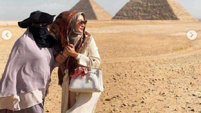 Dian Pelangi Ungkap Permintaan Terakhir Soraya Abdullah pada Dirinya sebelum Meninggal