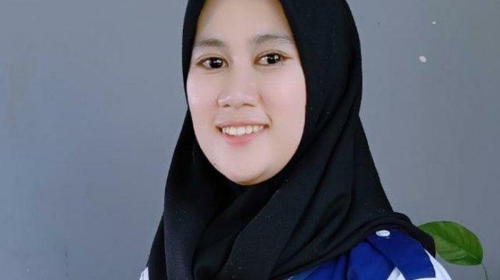 Kenalkan Dinda, Mahasiswi Cantik Unismuh Peraih Beasiswa Bank Indonesia