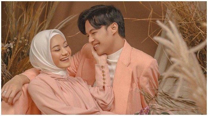 Terinspirasi dari Kisah Cintanya dengan Dinda Hauw, Rey Mbayang Rilis Single 'Di Sepertiga Malam'