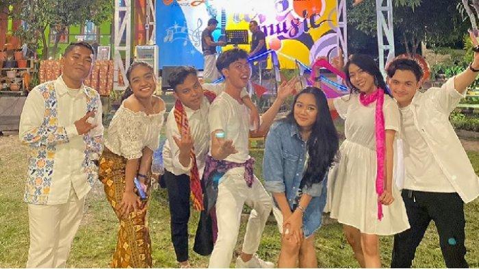 Duta Batik Palu Kota Palu merayakan ulang tahun ke-7 di Cafe Orange, Puncak Padanjese, Jl Uwe Numpu, Kelurahan Donggala Kodi, Kecamatan Palu Barat, Sulawesi Tengah.