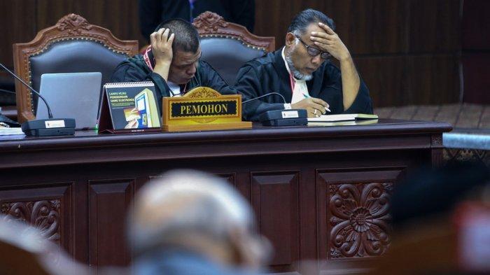 Putusan MK Resmi Tolak Semua Gugatan yang Diajukan oleh Tim Prabowo-Sandi