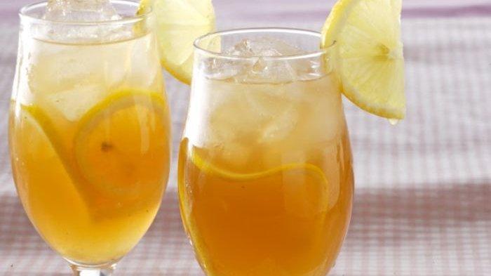 es lemon tea jadi takjil saat berbuka