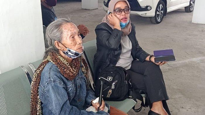 Nenek Lanjut Usia di Simalungun yang Dituduh Mencuri Sawit di Lahan Sendiri Kini Divonis Bebas