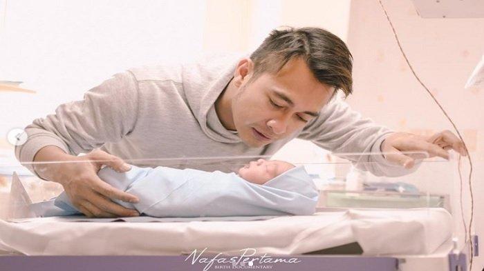 Selamat, Eza Gionino Dikaruniai Anak Kedua Berjenis Kelamin Laki-laki