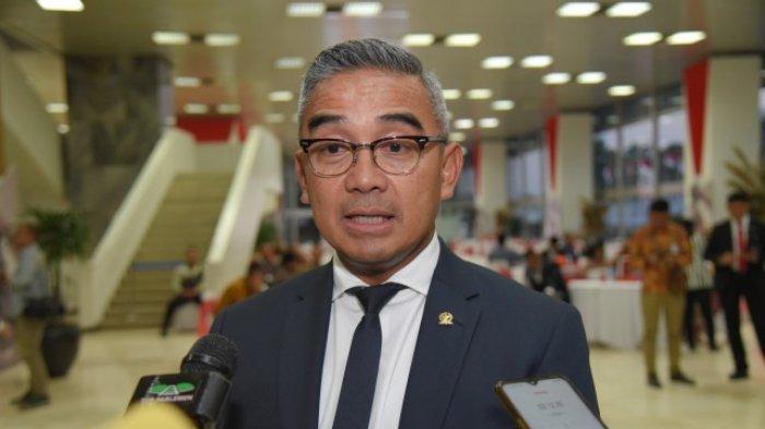 Tak Setuju Covid-19 Dianggap Konspirasi Elite Global, Farhan: Presiden Brazil Pun Terpapar Corona
