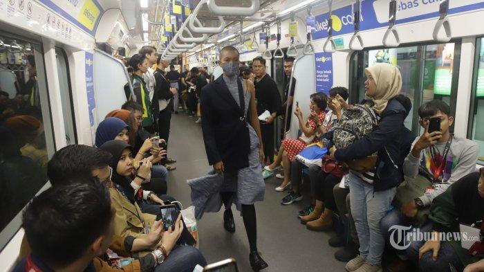 Viral Peragaan Busana di Gerbong MRT Diprotes Penumpang, Pihak MRT Beri Penjelasan dan Minta Maaf