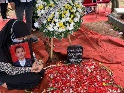 Tulisan Haru Istri Pramugara Korban Sriwijaya Air SJ 182: Terima Kasih Sudah Jadi Suami Sempurna