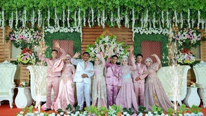Viral di Media Sosial, Seorang Janda Kompak Menikah Bersama 3 Anak Gadisnya Secara Bersamaan!