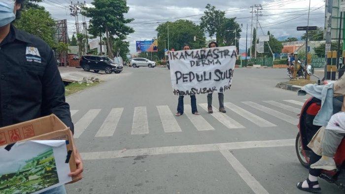 Penggalang Donasi untuk Korban Gempa Sulbar Padati Persimpangan Kota Palu Sulteng