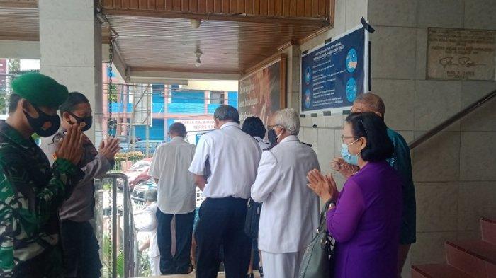 Perayaan Jumat Agung di Tengah Pandemi COVID-19 di Kota Palu Berlangsung Khidmat