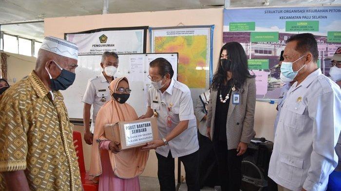Penyintas di Huntara Petobo Palu Terima Bantuan 2.000 Paket Ramadan