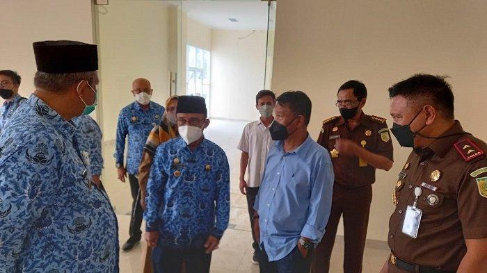 Gubernur Rusdi Pinjamkan Gedung Wanita Untuk Kantor Sementara Kejaksaan Tinggi Sulteng