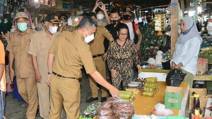 Masih Berjualan di Luar Pasar, Pemkot Palu Segera Tertibkan Pedagang dan Pindahkan ke dalam Pasar