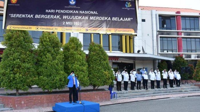 Rektor Untad Bacakan Pesan Menteri Nadiem Makarim di Upacara Hardiknas, Begini Pesannya