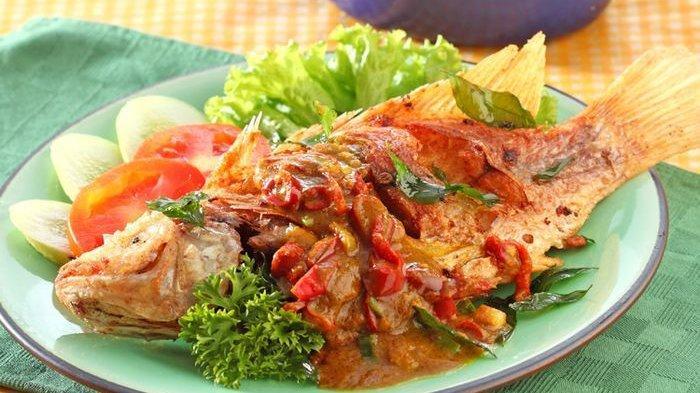 Aneka Resep Ikan Goreng untuk Menu Makan Malam: Ikan Goreng Sambal Santan hingga Ikan Goreng Kari