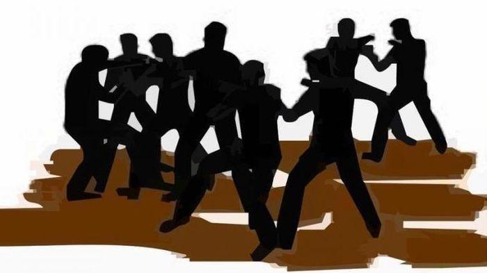 Polisi Abaikan Bentrok Berdarah Eks Karyawan PT Padasa, Kuasa Hukum: Datang Sebentar Lalu Pulang