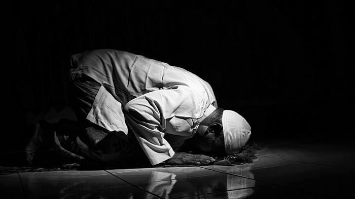 Bacaan Doa setelah Salat Subuh, Zuhur, Ashar, Magrib, Isya, Lengkap dengan Zikirnya