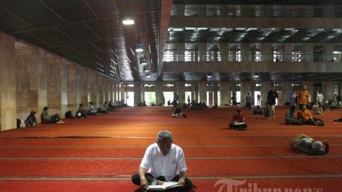 Meski Kasus Virus Corona Masih Naik, Iran Justru Mulai Buka Bebas Akses ke Masjid bagi Warga