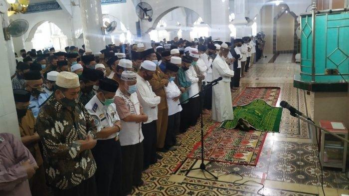 Bupati Majene Fahmi Massiara Meninggal Dunia, Jenazah Dilepas oleh Gubernur Sulawesi Barat