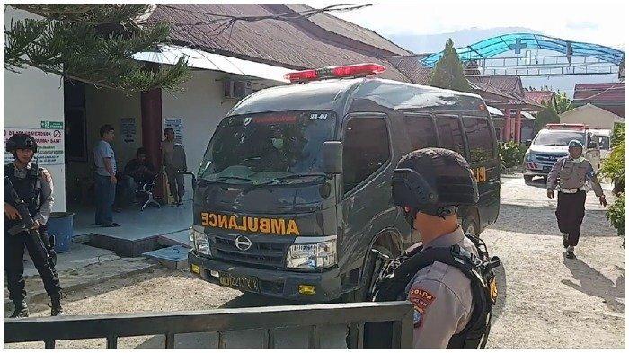 Keluarga Jemput Jenazah Anggota Mujahidin Indonesia Timur di Rumah Sakit Bhayangkara Palu