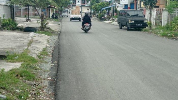 Jl Tombolotutu Palu Sudah Diperbaiki, Dulu Sempat Ditanam Pohon Pisang