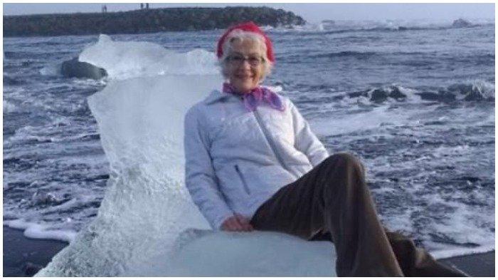 Berpose Duduk Bagai Ratu di Atas Bongkahan Es, Nenek di Islandia Hampir Terbawa Arus ke Tengah Laut