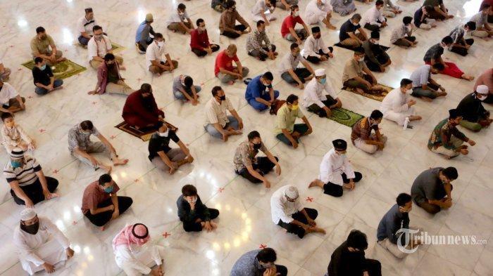 Niat Salat Tarawih dan Salat Witir selama Bulan Puasa Ramadhan, Sendirian atau Berjemaah di Rumah