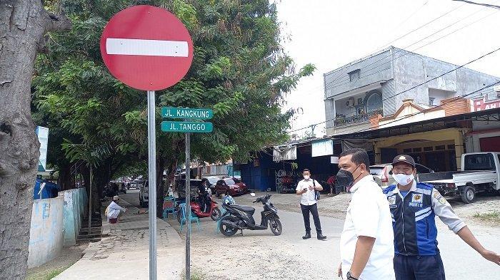 Urai Kemacetan di Depan Rumah Sakit, Lalulintas di Jl Kangkung Palu Barat jadi Satu Arah