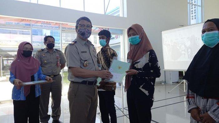 Kanwil BPN Sulteng Serahkan 5.286 Sertifikat Redistribusi Tanah di 5 Kabupaten