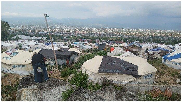 Koordinator Sulteng Bergerak Sebut Tenda di Kamp Pengungsian Sudah Tak Layak Pakai