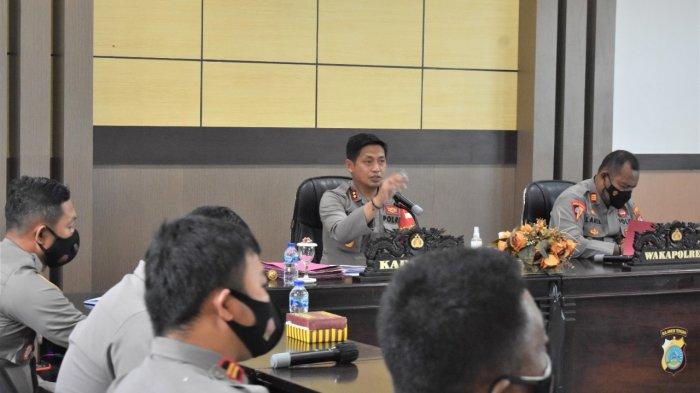 Kapolres Banggai Ingatkan Panitia Pilkades Harus Profesional dan Jaga Netralitas