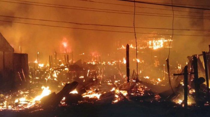 Pemukiman Padat Penduduk di Kabupaten Tolitoli Terbakar, Pria Setengah Baya Dilaporkan Tewas