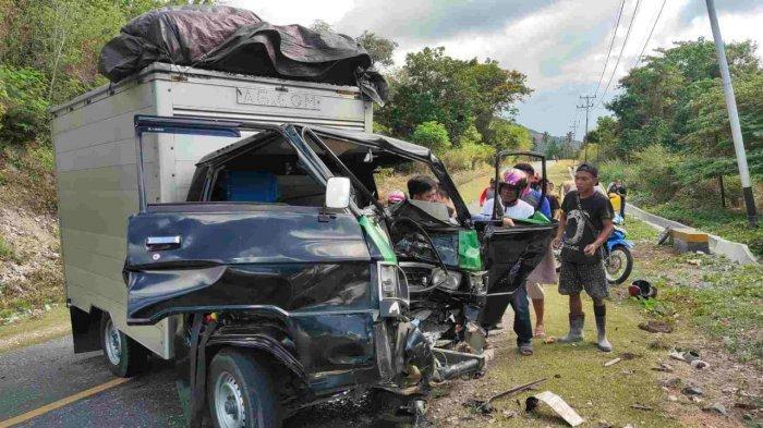 Kecelakaan Tragis di Jalan Trans Sulawesi Banggai, Seorang Pengemudi Alami Robek Bagian Kepala