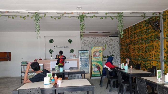 Kedai Olamita buka dari Senin sampai Jumat, pukul 10.00-20.00 Wita di Jl Anoa Nomor 79, Kelurahan Tatura Utara, Kecamatan Palu Selatan, Kota Palu, Sulawesi Tengah.