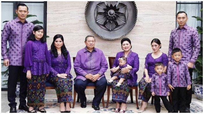 Foto keluarga besar Susilo Bambang Yudhoyono (SBY) saat momen Lebaran